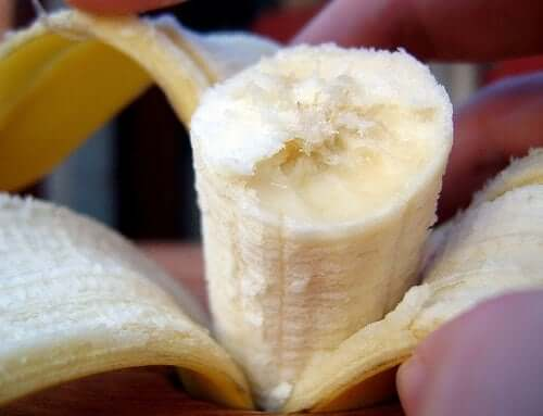 A great, not so traditional, yet one of the best natural remedies way to moisturize your cracked feet is to use a banana