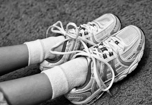 Another reason why you may have cracked feet is because your shoes may not be fitting you properly